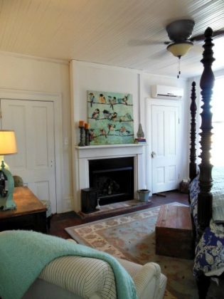 Retirement House - bedroom