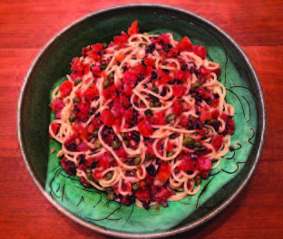 Spaghetti alla Putanesca: To Spice up Winter Dining